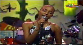 Bamboleo – Con Un Canto En El Pecho – 1996